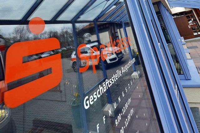 Sparkasse schließt fünf weitere Filialen in Freiburg
