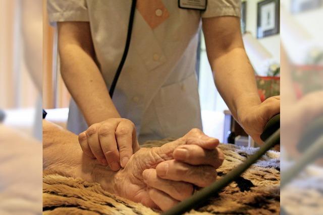 Auch Pflege ist Vertragssache