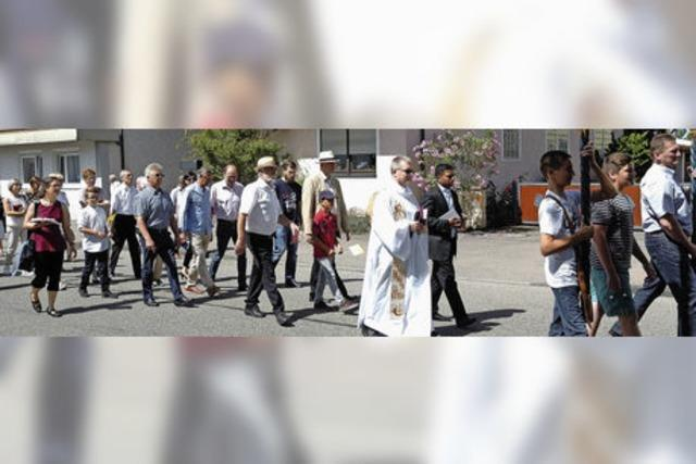 Festgottesdienst und Prozession zum Patrozinium