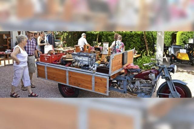 Der Dorfflohmarkt in Hauingen kommt gut an