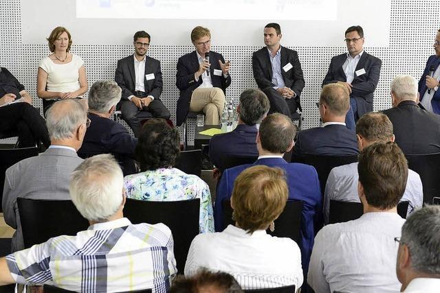 Wirtschaftsverbände fühlen Bundestagskandidaten auf den Zahn – für Details bleibt keine Zeit