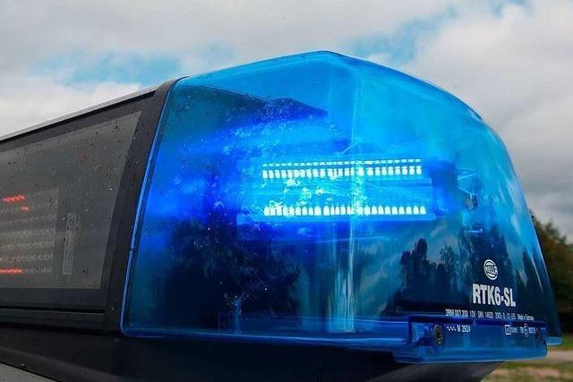 Geschädigter geht auf der A5 bei Weil am Rhein auf Unfallverursacher los