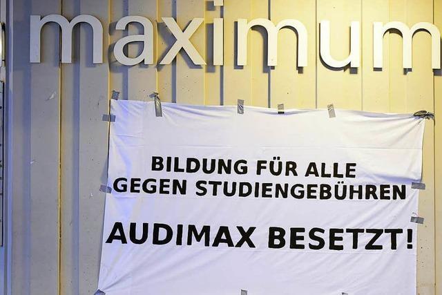 Freiburger Studierendenvertretung will gegen Studiengebühren klagen