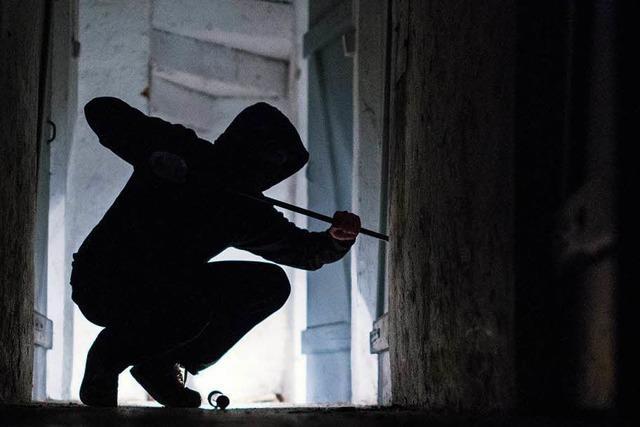 Mann erwischt Einbrecher im SVS-Sportheim