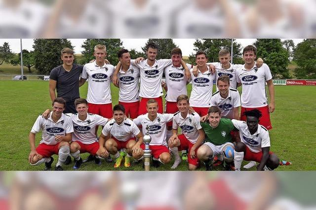 Wetterglück und hochklassiger Fußball in Ewattingen