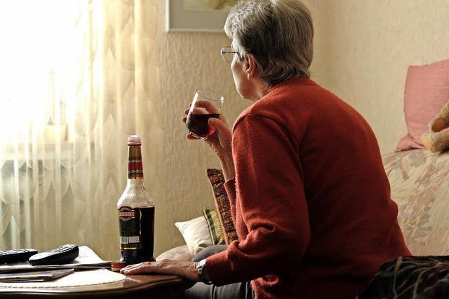 Sucht im Alter auch aus Einsamkeit