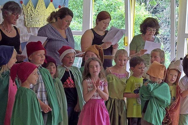 Märchen farbenfroh in Szene gesetzt