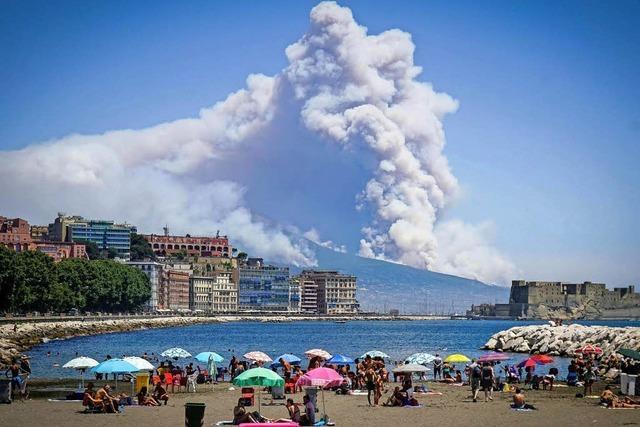 Schwere Brände am Vesuv