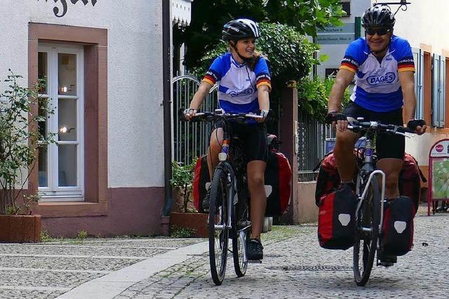 Alfred und Iris Globisch starten ihre Radtour ans Nordkap
