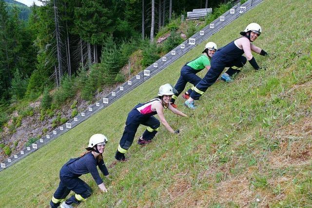 Wie sich vier Frauen auf den Schanzenlauf in Titisee-Neustadt vorbereiten
