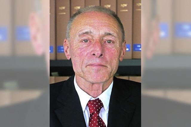 Der Lörracher Rechtsanwalt Hermann Harrer zieht sich nach 40 Jahren aus dem Berufsleben zurück