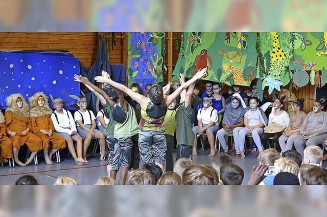 Urwaldstimmung in der Grundschule