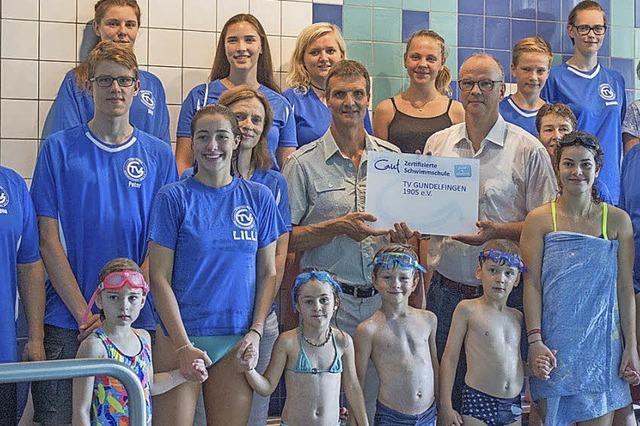 Schwimmschule erhält Auszeichnung