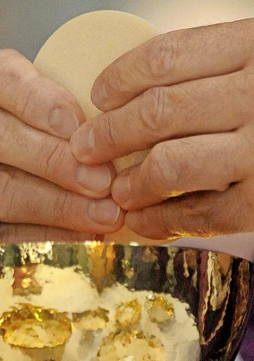 Der Wunsch nach einer gemeinsamen Eucharistie kam aus der Gemeinde.   | Foto: dpa