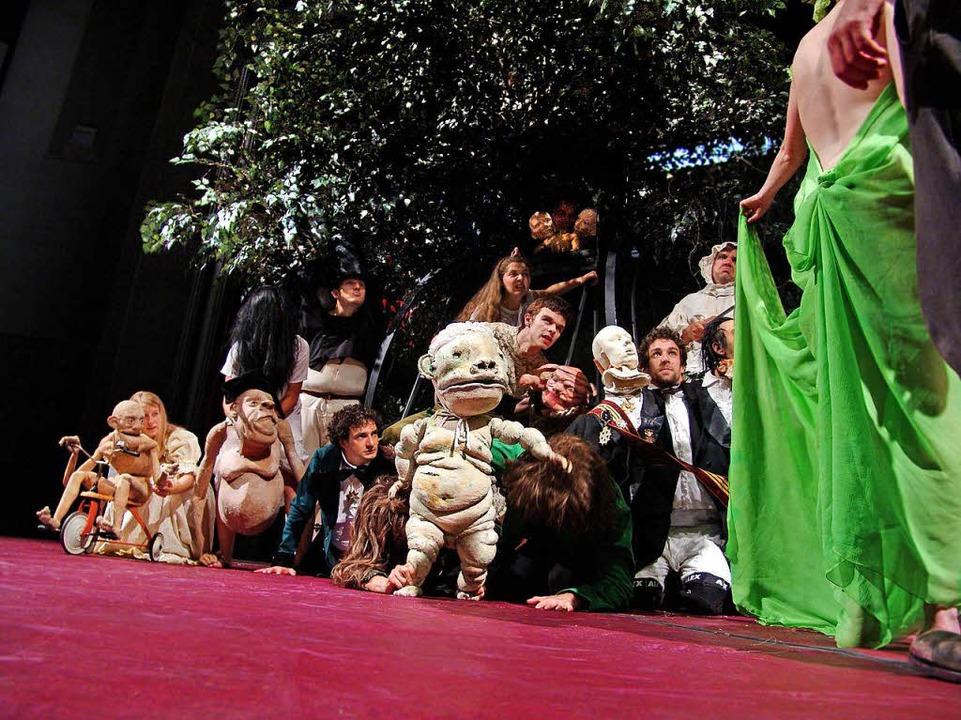 Eine der bildstärksten Inszenierungen ...0; (2007) in der Regie von Jarg Pataki  | Foto: Maurice Korbel
