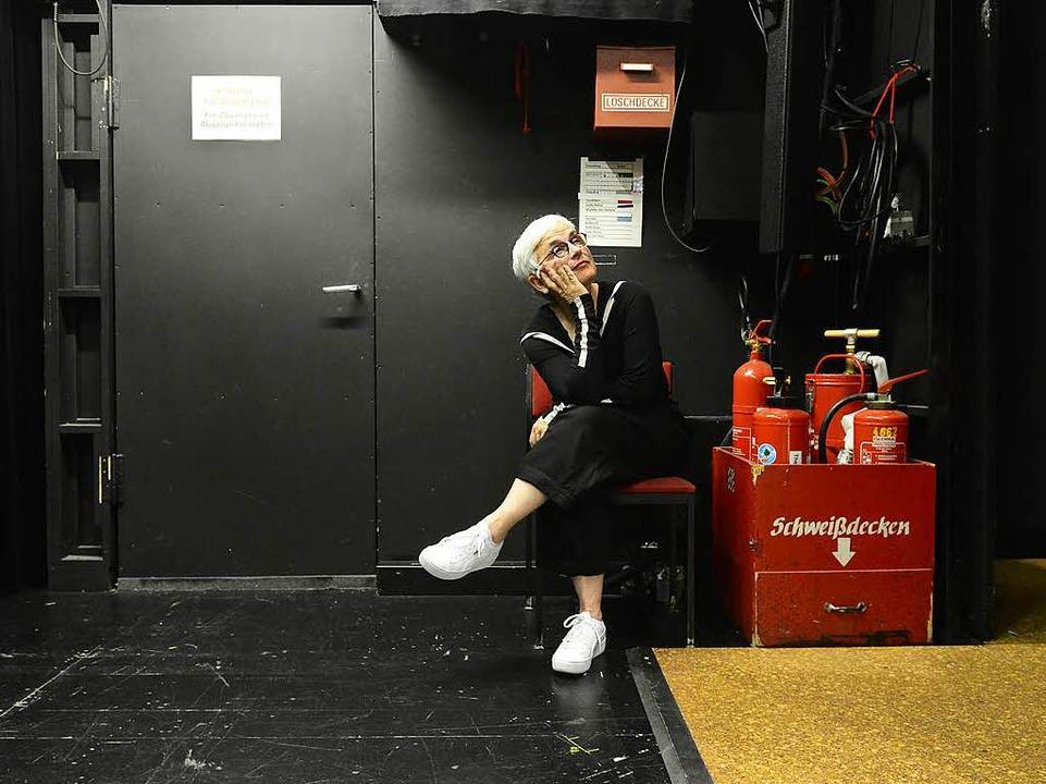 Sie hasst Premieren: Barbara Mundel hat  sie oft auf dem Feuerwehrstuhl  erlebt.  | Foto: Ingo Schneider