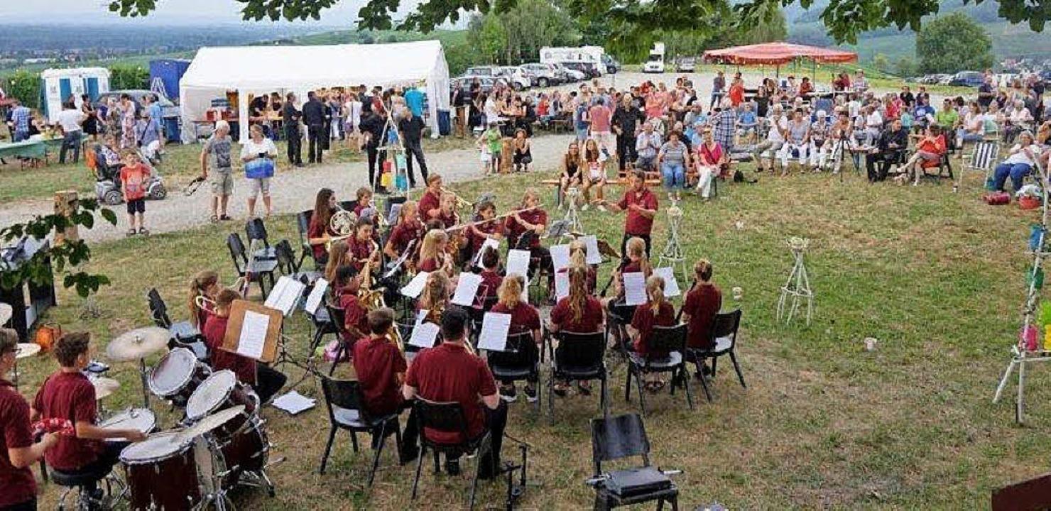 Musik unter freiem Himmel bot der Musikverein.  | Foto: Anne Freyer