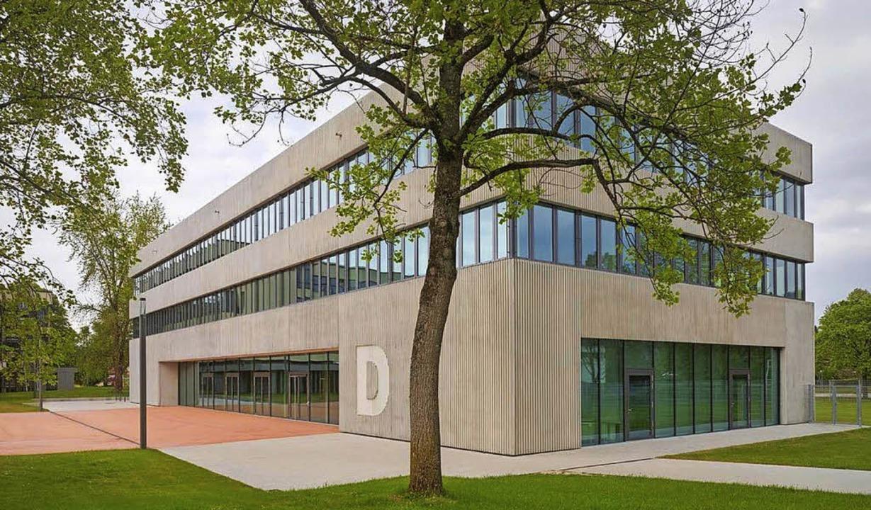 Ausgezeichnet: Bau D des Kreisschulzentrums in Offenburg.     Foto: Roland Halbe/Landratsamt Ortenaukreis