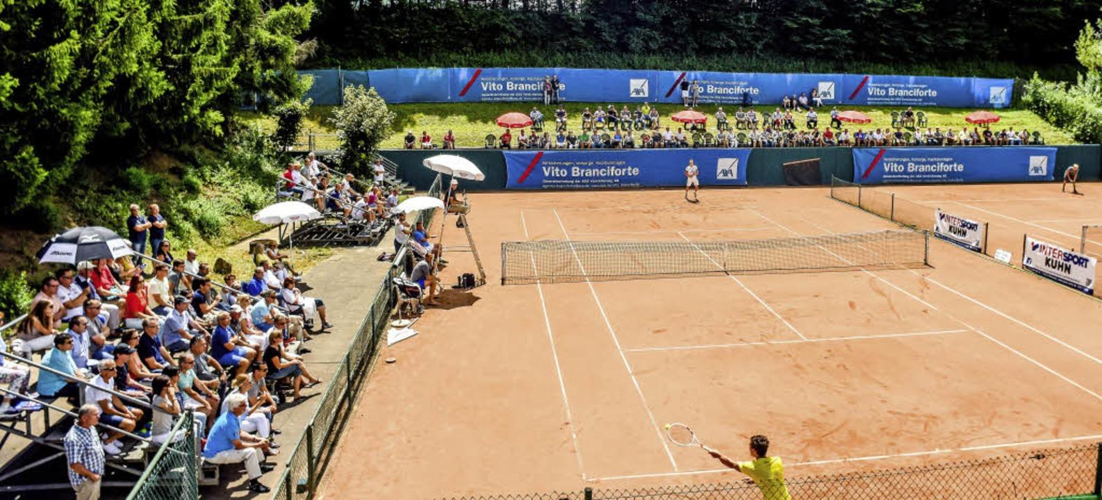 Sonnige Momentaufnahme des Tennisstadions an der Palmengasse   | Foto: Sebastian Köhli
