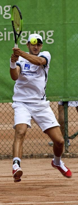Nicht abgehoben, aber sehr athletisch: Paul Wörner.  | Foto: Sebastian Koehli