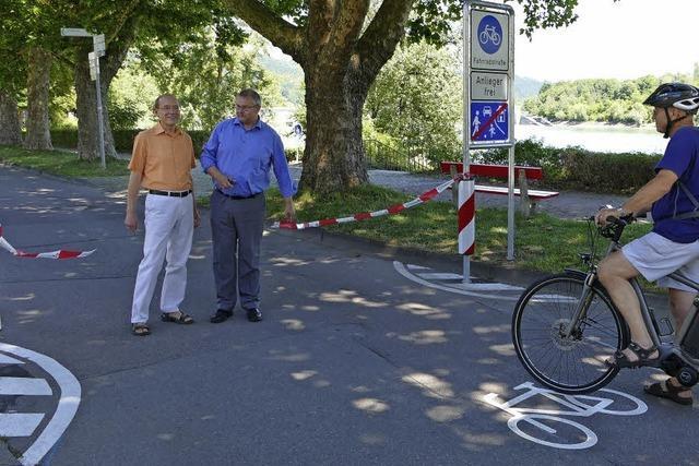 Vorfahrt fürs Rad auf der Rheinallee