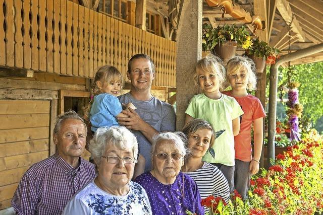 Vier Generationen leben auf dem Hofbauernhof in Glottertal zusammen