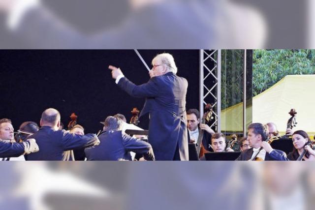 Justus Frantz und die Philharmonie der Nationen im Kurpark Bad Krozingen