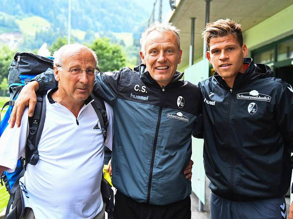 Rainer Moser-Fendel traf in Schruns un...mer Florian Niederlechner (von links).  | Foto: Achim Keller