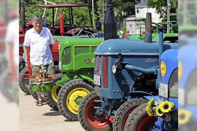 Spielstraße, Traktoren und Marktstände