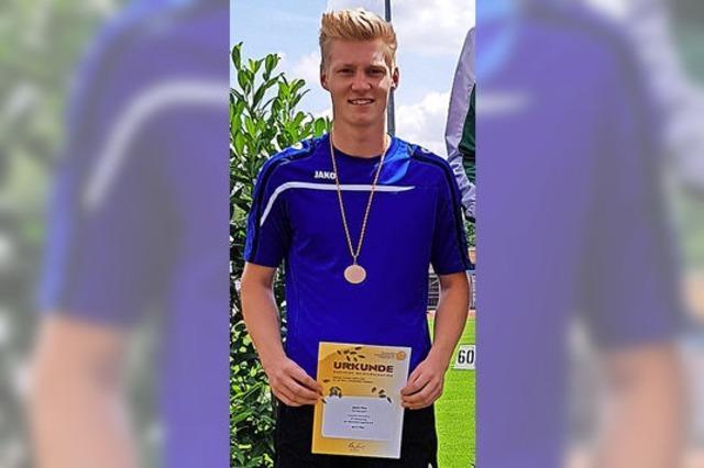 Sören Thor springt in Walldorf zur Bronzemedaille