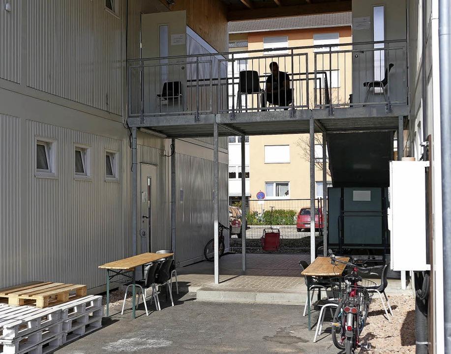Die Containersiedlung beim Innocel-Center wird bald geschlossen.    Foto: Manuel Fritsch