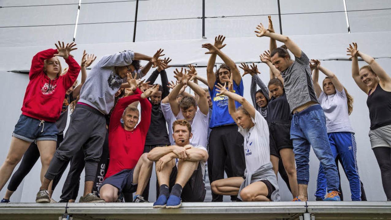 Junge Darstellerinnen und Darsteller  aus verschiedenen europäischen Ländern  | Foto: Jennifer Rohrbacher
