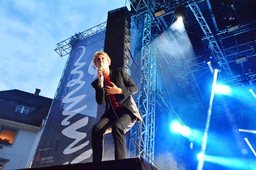 Tom Odell beim Stimmen-Festival  | Foto: Barbara Ruda