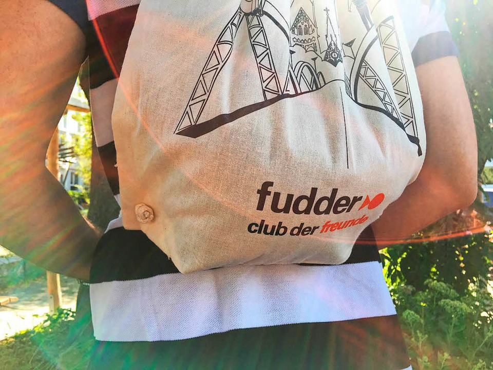 Die Club der Freunde Gymbags mit styli...eschenke für neue und alte Mitglieder.  | Foto: Jule Markwald