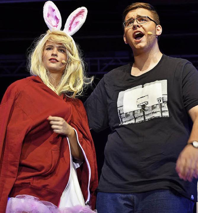 Isabell Schneider mit Elvis Bejtovic  | Foto: Martin Eckert