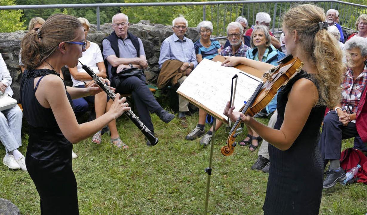 An anspruchsvolle Freunde der Klassik ...d Mareike Haarmann-Thiemann (Geige).    | Foto: Hrvoje Miloslavic