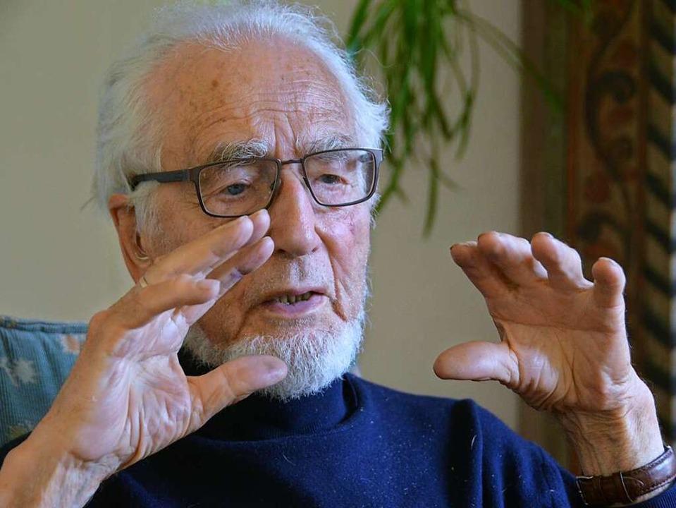 Erhard Eppler (90) ist der letzte Überlebende des Kiesinger-Kabinetts.  | Foto: Stefan Hupka