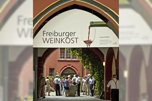 Weinkost rund ums Historische Kaufhaus beginnt