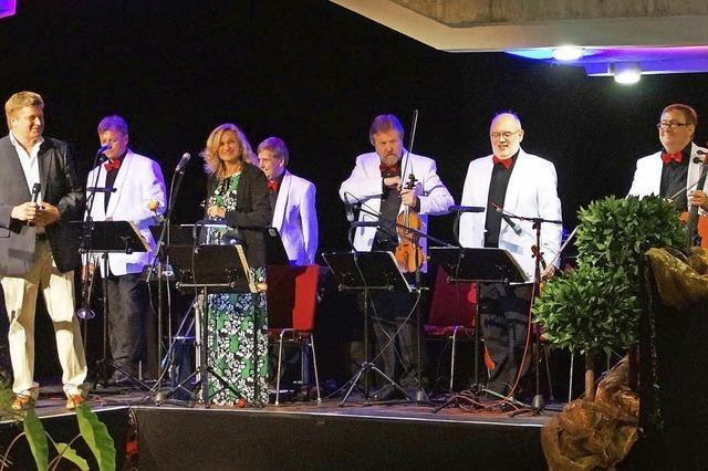 WG Hügelheim bietet ihre Weine mit Martin Schneider als Solist in Hügelheim an