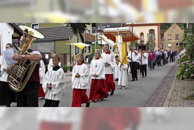 Wallburger feiern den heiligen Arbogast