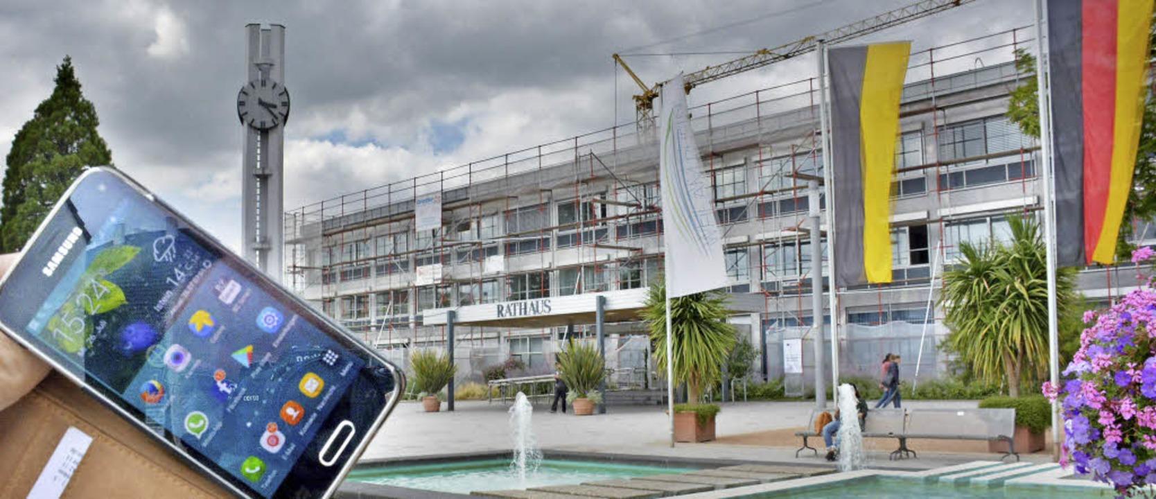 Kein Internetzugang mit dem Smartphone...h in städtischen Gebäuden nun ändern.   | Foto: Lauber