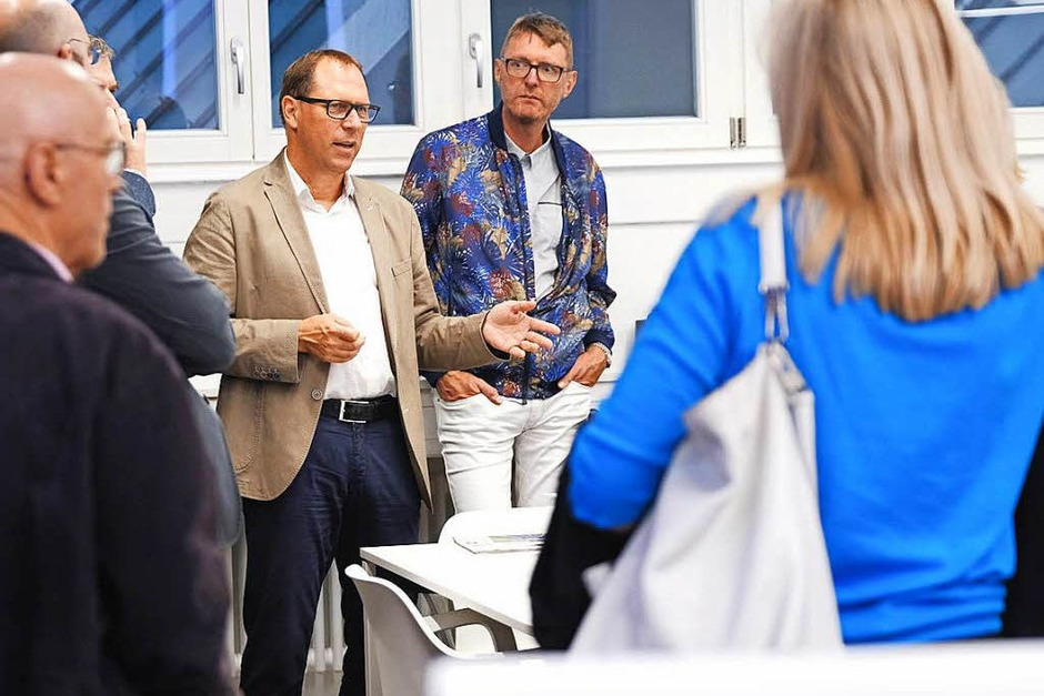 BZ-Chefredakteur Thomas Fricker begrüßt die Gäste (Foto: Miroslav Dakov)