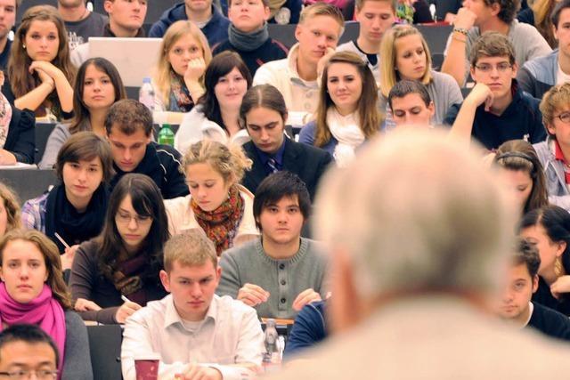 Studierendenvertretung soll politisches Mandat verlieren