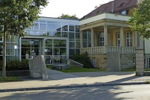 Anzahl gleichzeitiger Ausleihen pro Nutzer von fünf auf zehn Tite in Müllheim erhöht