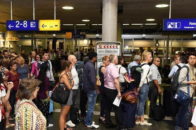 Nach Zugausfällen: Ansturm auf Hotels und Taxis in Freiburg
