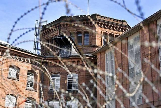 Zehn Häftlinge sollen Catalin C. verprügelt haben