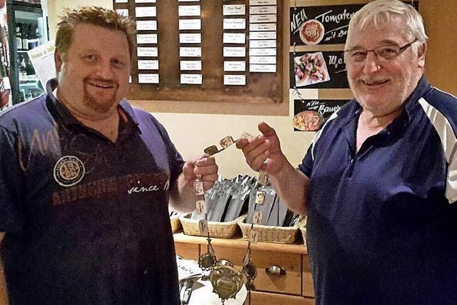Neuer Fischerkönig in Schwörstadt