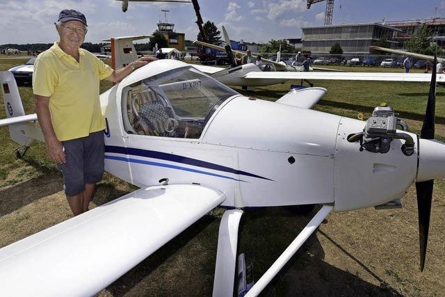 Heinz Thoma hat selbst ein Flugzeug gebaut - aus Holz