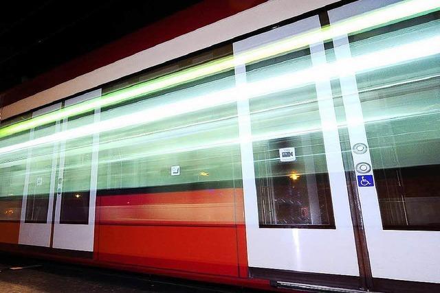 Nach einem Unfall gibt es keinen Straßenbahnverkehr zwischen Bertoldsbrunnen und Littenweiler mehr