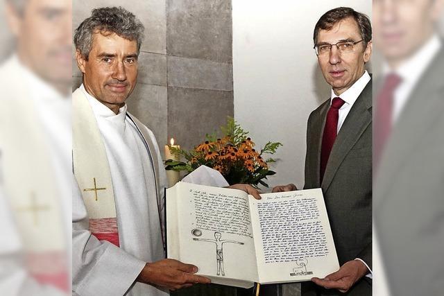 Das Neue Testament von Hand kopiert